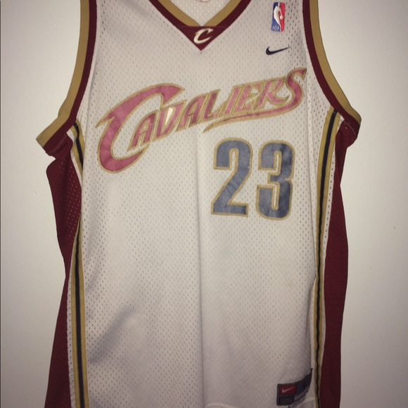 official photos 73829 bfdc2 Vintage Lebron James 23 Cleveland Cavaliers Jersey